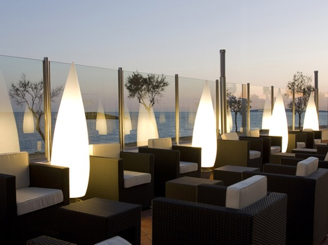 Terrazas en palma a thousand hotels - Decoracion chill out ...