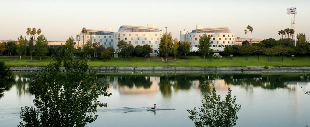 Alojamiento centro sevilla a thousand hotels for Alojamiento barato en sevilla centro